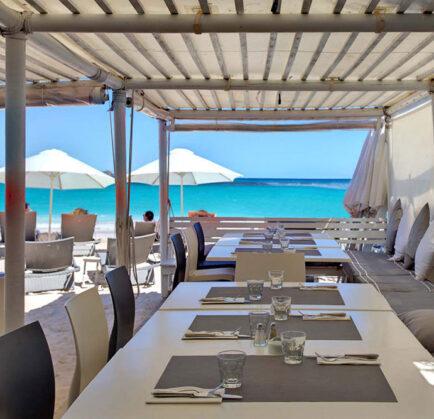 Beach Hotel Meeting